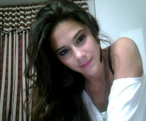 hello, greeicy rendon, and chica vampiro image