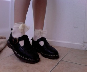 shoes, pale, and grunge image