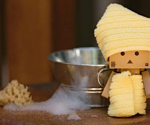 danbo and bath image