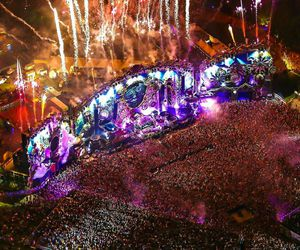 Tomorrowland, dj, and festival image