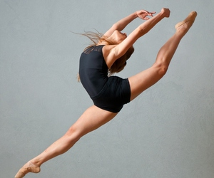 dance and love it image