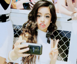 gorgeous, cabello, and 5h image