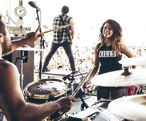 warped tour, we are the in crowd, and tay jardine image