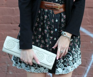 accessories, floral, and details image