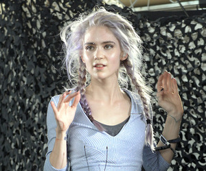 grimes, grunge, and pale image