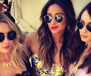 pll, pretty little liars, and shay mitchell image