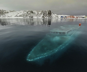 boat and ice image