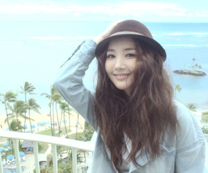 park min young image