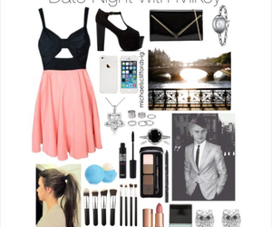 outfit and michael clifford image