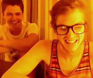 damian mcginty and cameron mitchell image