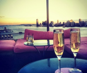 champagne and love image