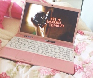 pink, laptop, and the carrie diaries image