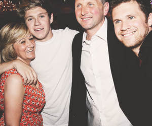 niall horan, one direction, and family image