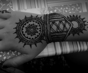 awsome, hand, and henna image
