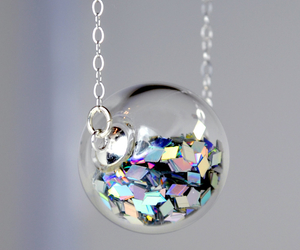 necklace, glitter, and jewelry image