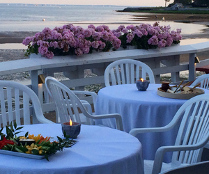 girls night, perfect evening, and beach dining image