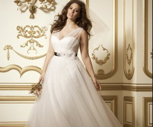 curves, curvy, and dress image