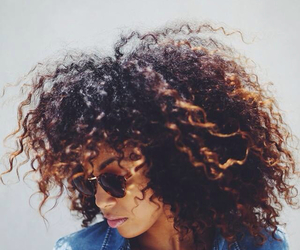 curly hair, natural girl, and dope image