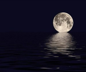 water and moon image