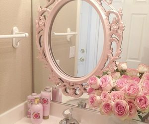 mirror and sweet image