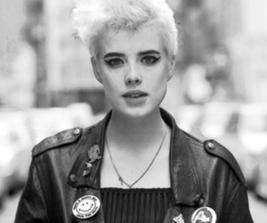 black and white and agyness deyn image