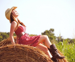 country, cowboy boots, and Cowgirl image