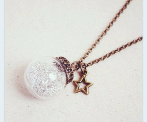 pendant and star image