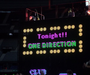 concert, one direection, and paris image