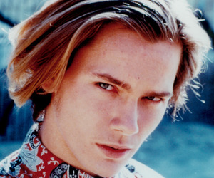 90s, river phoenix, and 80s image