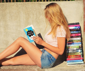 book, girl, and divergent image