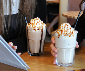 coffee shop, coffee time, and cafe frappé image