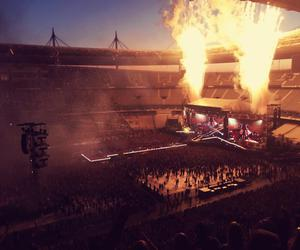 wwat, one direction, and stade de france image