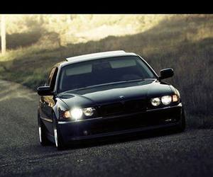 bmw and e38 image