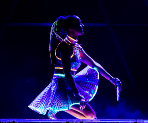 katy perry and the prismatic world tour image