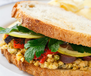 lemon, sandwich, and chickpea image