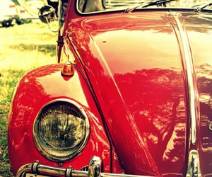 car and red image