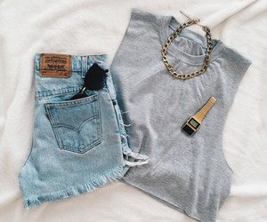 chain, crop, and levis image