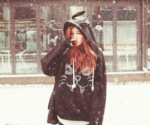 girl, snow, and ulzzang image