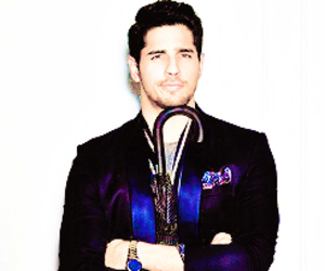 bollywood, indian, and sidharth malhotra image
