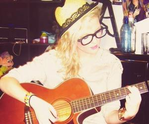 play, perrie, and perrie edwards image