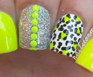cheetah, designs, and manicure image