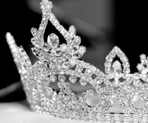 crown, Queen, and shiny image