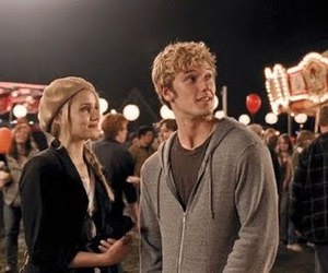 dianna agron and alex pettyfer image