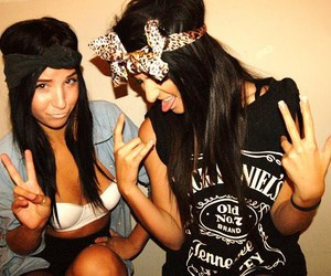 girl, friends, and jack daniels image