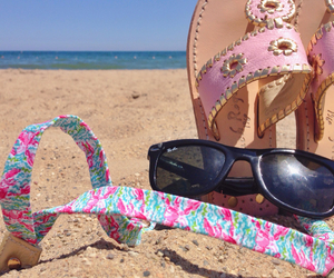 beach, preppy, and rayban image
