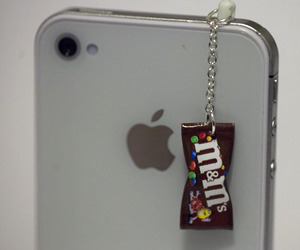 iphone, m&m, and apple image