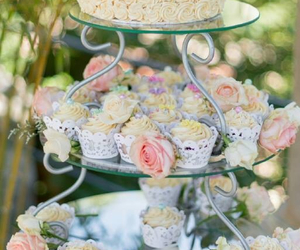 roses, spring colours, and wedding cake image