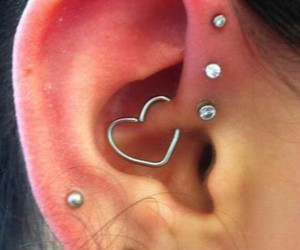 earing, piercing, and tenne image