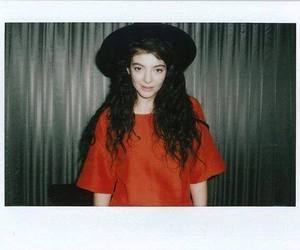 lorde and grunge image