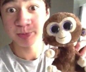 5sos, calum hood, and cute image